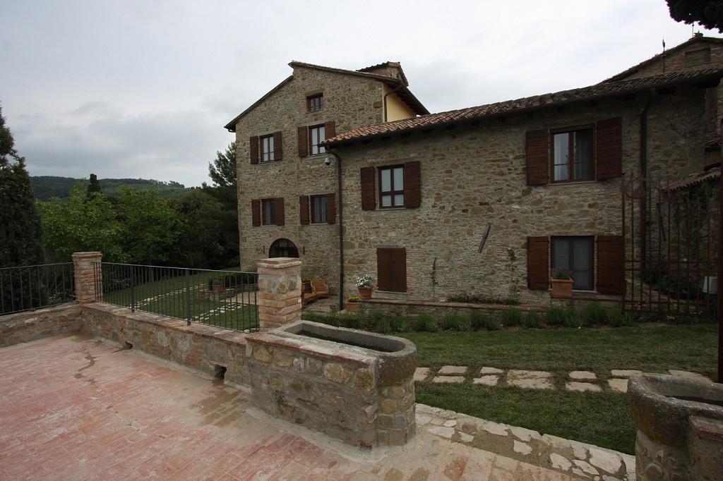 Lacole casa italiana srl casale centro italia - Lacole casa italiana perugia ...