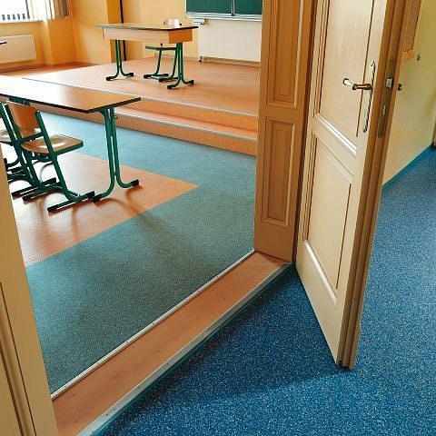 arredamenti moquettes pavimentazione tecnica in pvc per