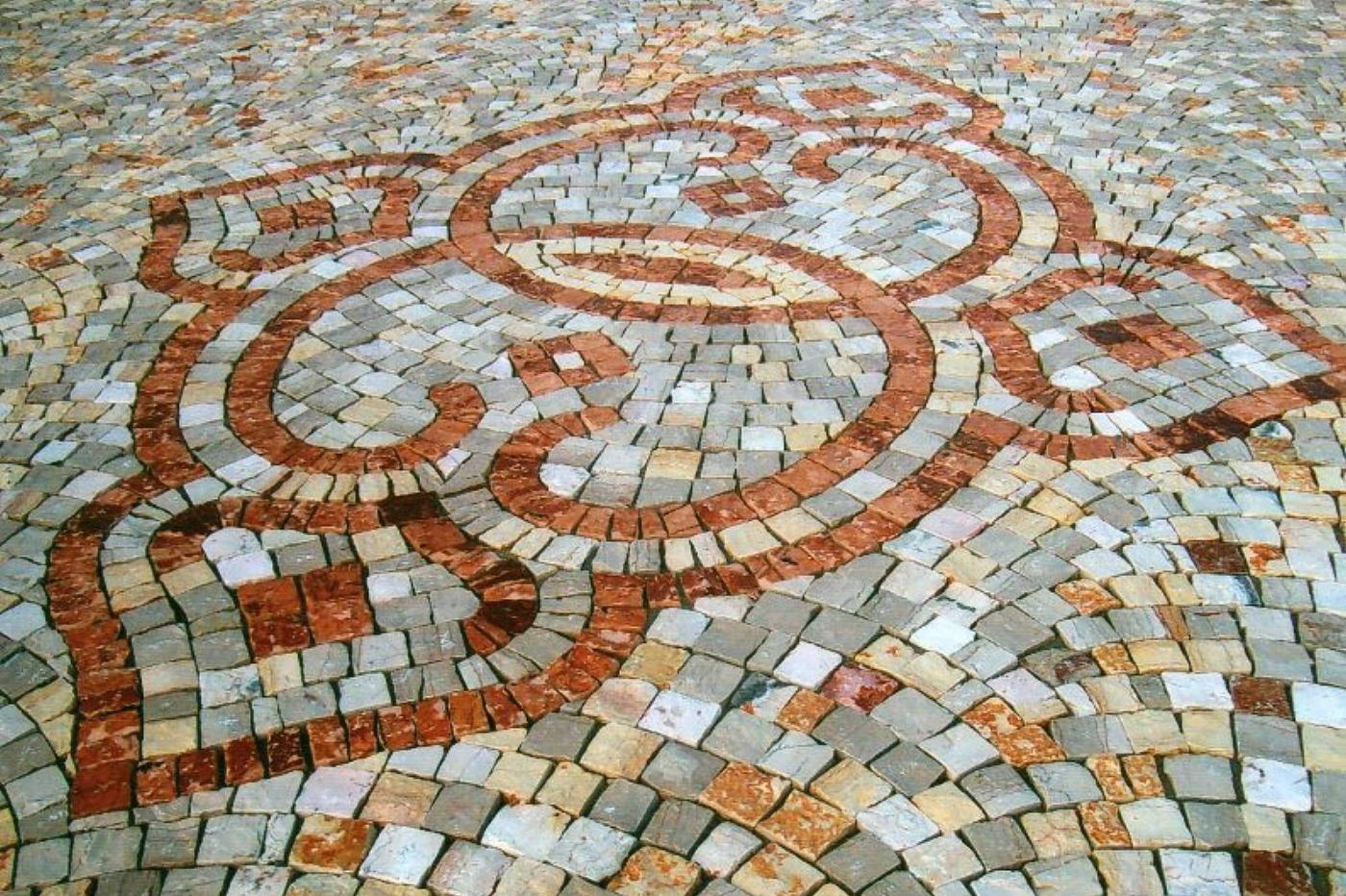 PLM PAVIMENTI ARTISTICI - disegno in marmo di apricena e pietra ...