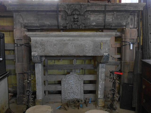 Recuperando brick and stone camino in pietra arenaria di for Camino in pietra