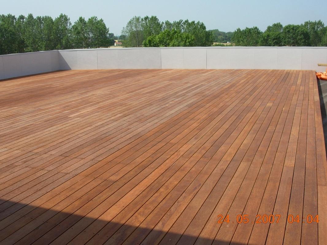Pavimento teak esterno terminali antivento per stufe a pellet - Pavimento per esterno giardino ...