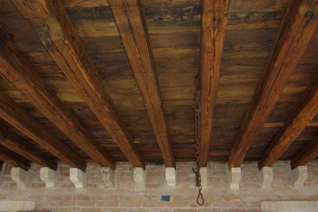 Soffitto In Legno Lamellare : Acquista travi legno lamellare prezzi