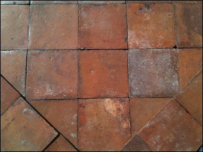 La riggiola cotto antico basolato in pietra - Piastrelle di cotto ...