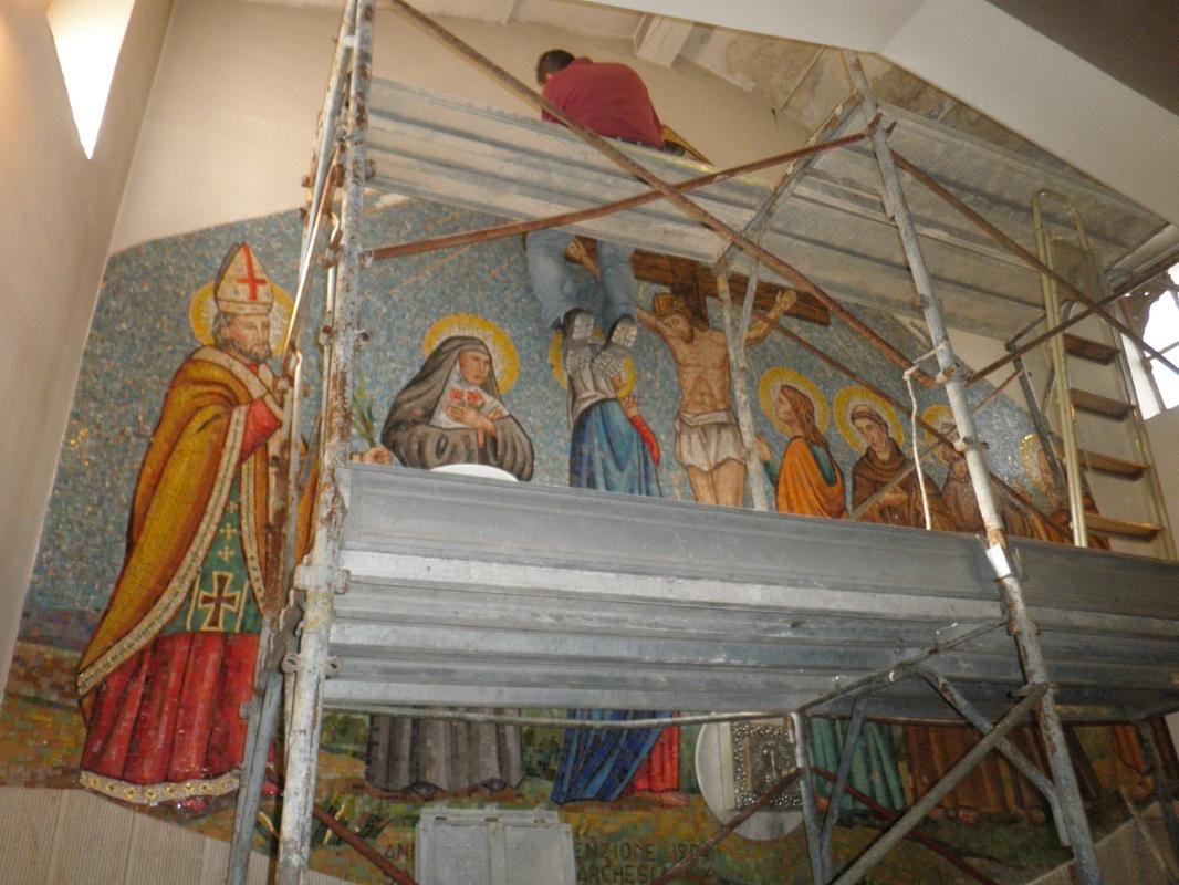 La bottega delle arti antiche pavimenti e rivestimenti for Mosaici e marmi per pavimenti e rivestimenti