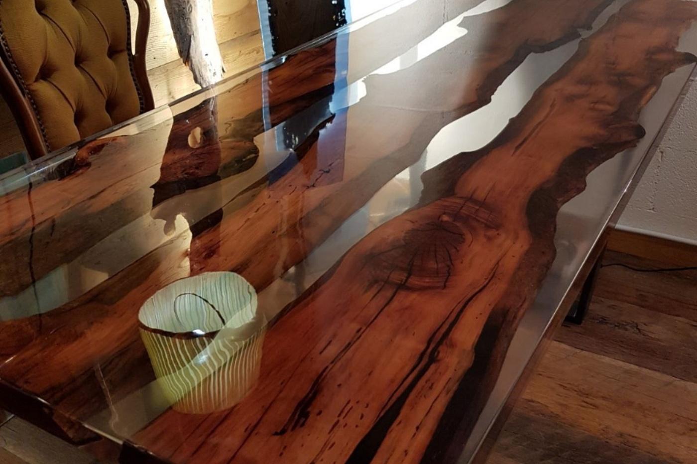 Pavimenti Resina Trento : Antico trentino srl tavoli realizzati in legno e resina