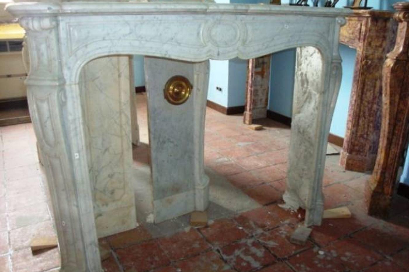 Camino In Marmo Bianco : Camino in marmo bianco di carrara antiquario carlo andermarck