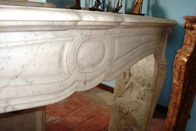 Aerazione forzata caminetti in marmo antichi for Bricoman elmas pellet