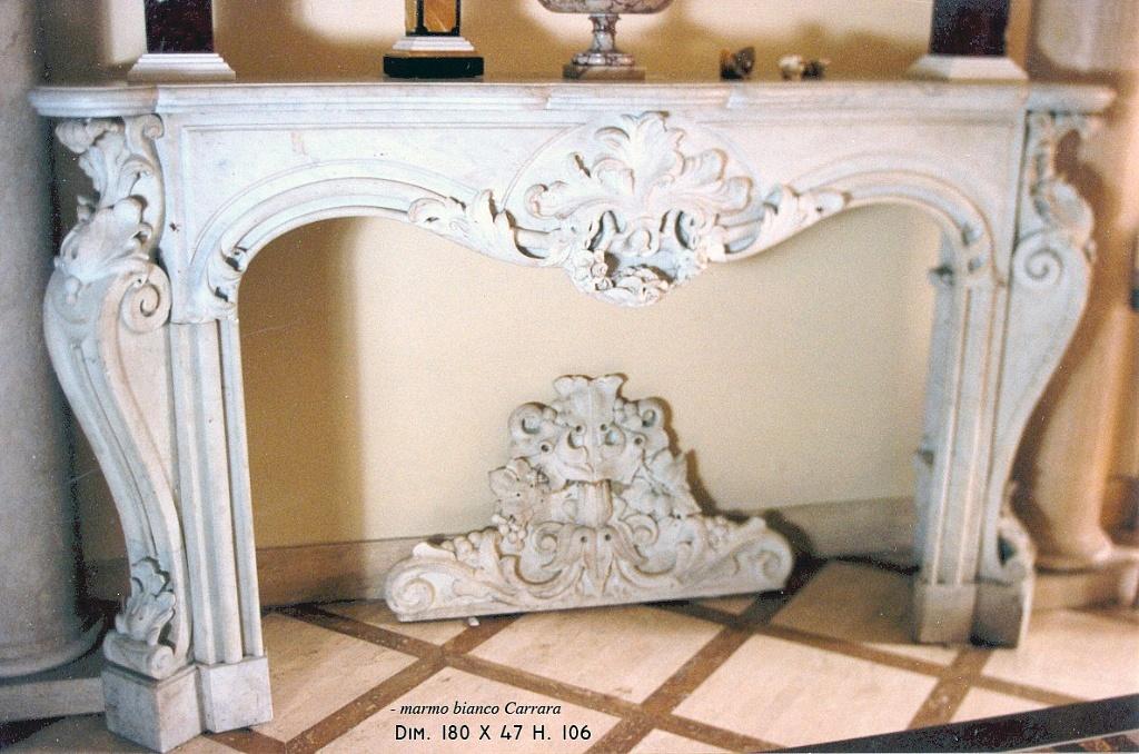 Tordeschi alfredo s n c camini in marmo e pietra for Camini antichi legno