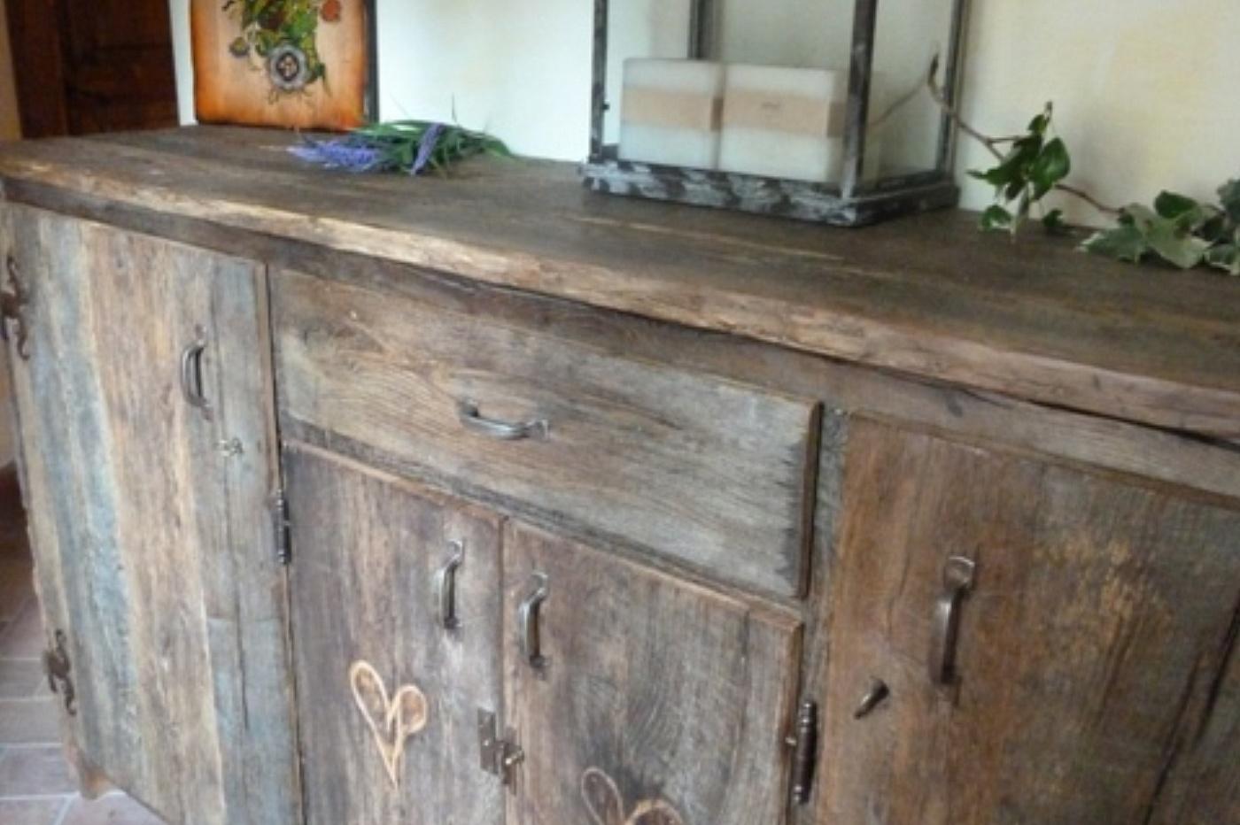 Legno antico porte tavoli mobili for Materiali per mobili