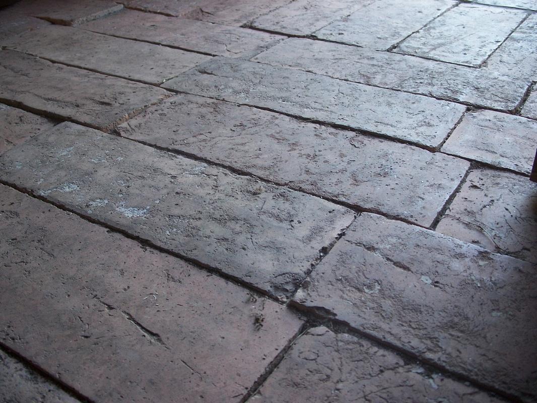 Pavimento in cotto antico di recupero pannelli termoisolanti - Pavimento in cotto per esterno ...
