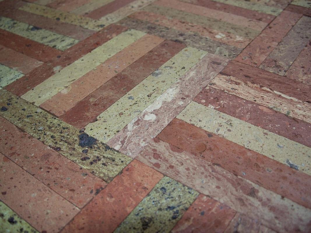Sols interni di prestigio pavimenti in cotto antico for Pavimenti in cotto