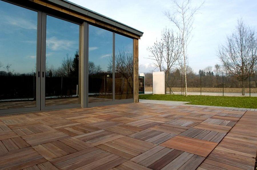Antico cadore srl pavimenti in legno a quadrotti in teak antico - Exterior wood floor paint style ...