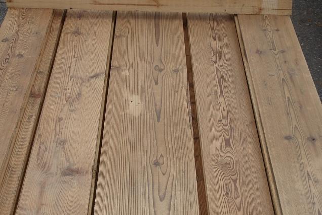 Pavimenti in legno vecchio di recupero