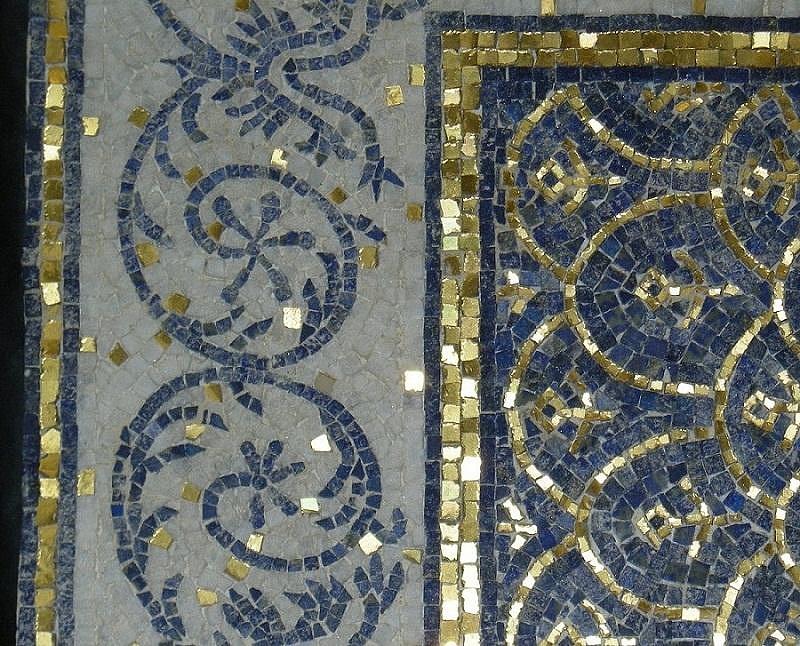 Sols interni di prestigio mosaici in marmo for Mosaici pavimenti interni