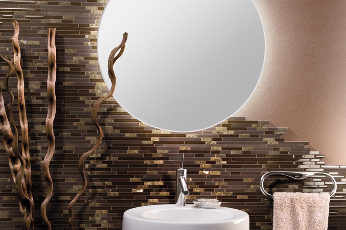 Mosaici per bagni moderni mosaico in vetro nero mix bagno - Bagno piastrelle marroni ...