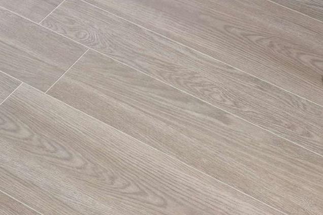 Pavimenti in ceramica effetto legno for Ceramiche marazzi prezzi