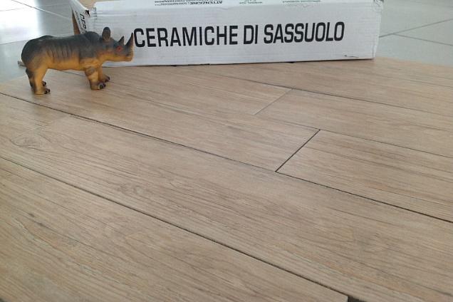 Pavimenti in ceramica effetto legno - Piastrelle effetto mattone ...