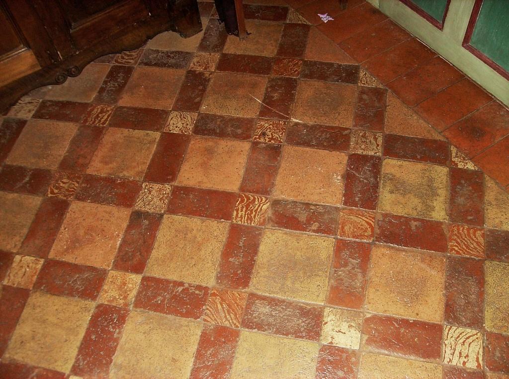 Pietrantica di paolo virano pavimenti in cotto nuovo e - Piastrelle in cotto per interni ...