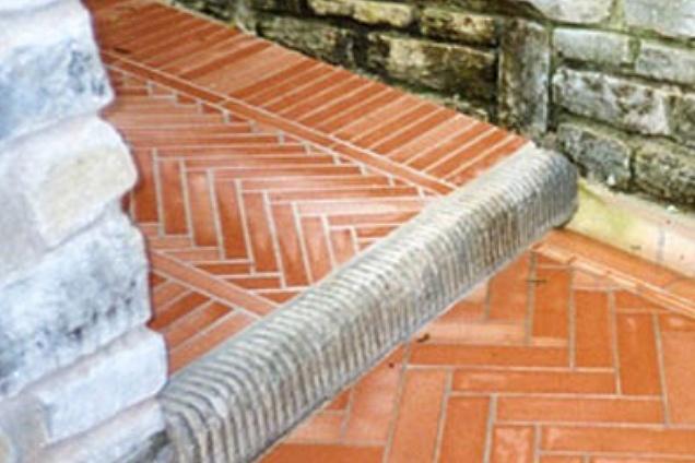 Pavimenti in cotto in toscana for Cotto ferrone