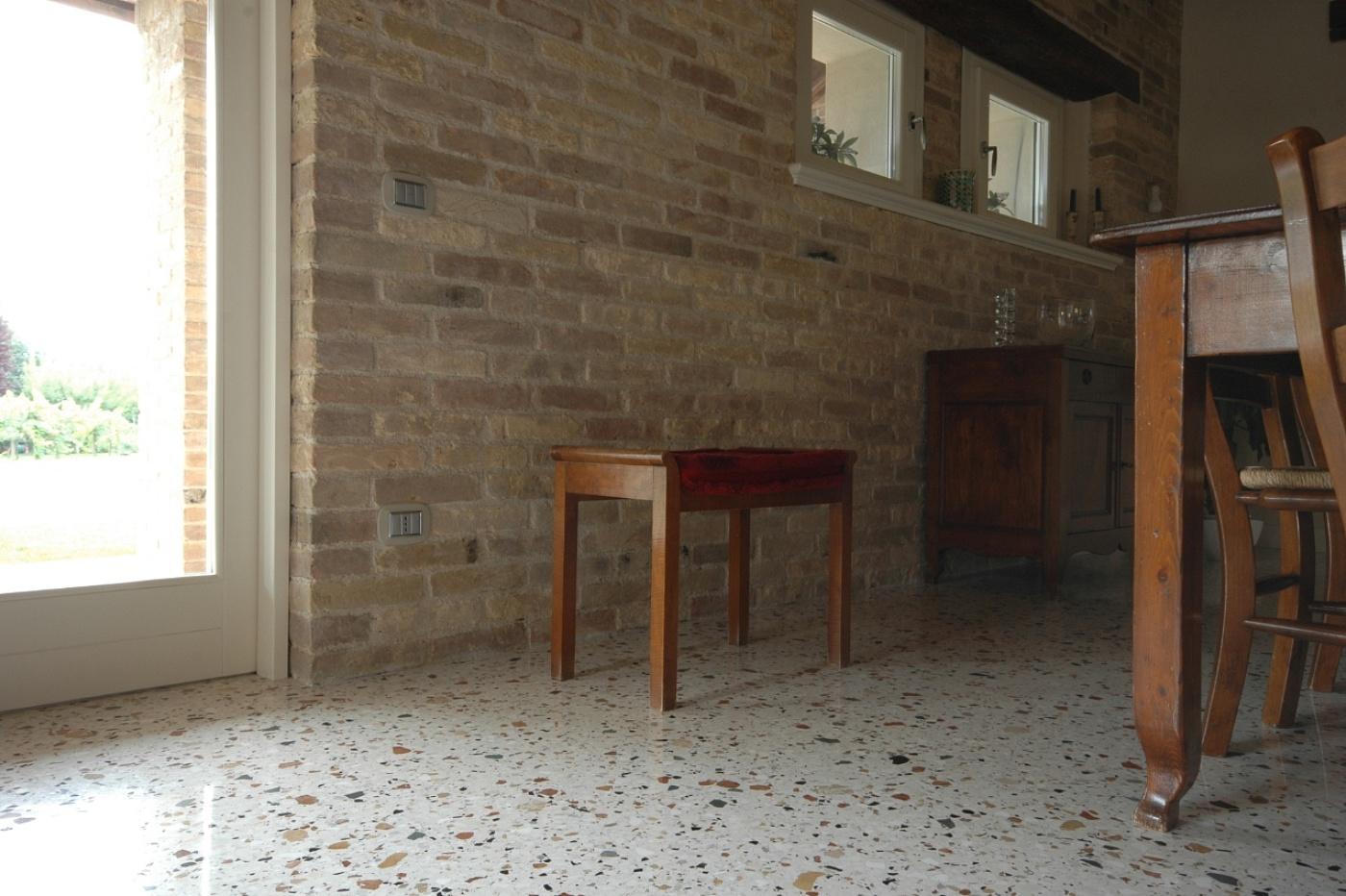Pavimenti Zanchettin SAS - Terrazzo alla eneziana | >> TrovaPavimenti.it