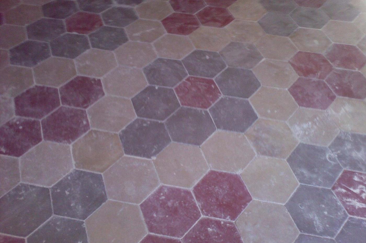 Pavimenti sansone esagono in pastina e graniglia for Piastrelle graniglia