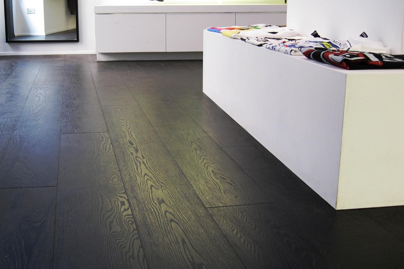 Pliem parquet plancia rovere black for Pavimento in legno interno