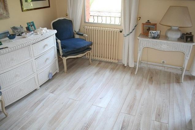 Legno Bianco Sbiancato : Scelta pavimento con tetto sbiancato