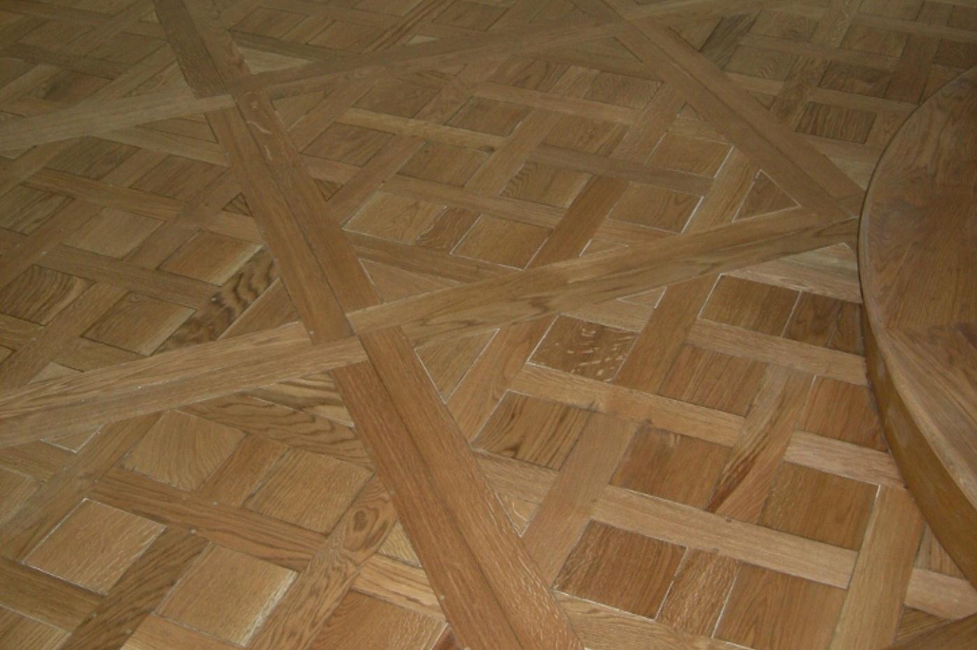 Sols interni di prestigio parquet in legno a quadrotti for Pavimento in legno interno