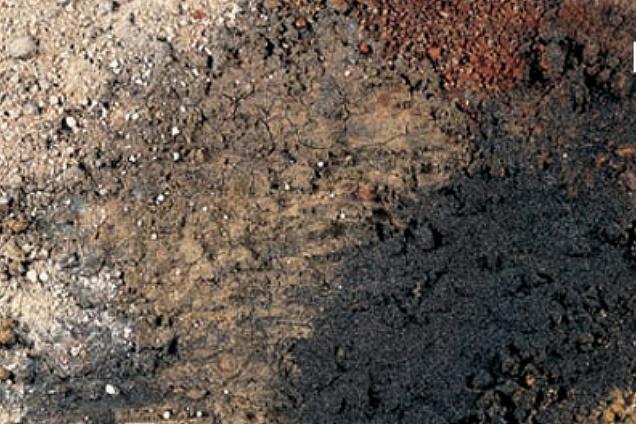 Pavimenti in resina materico for Gobbetto resine