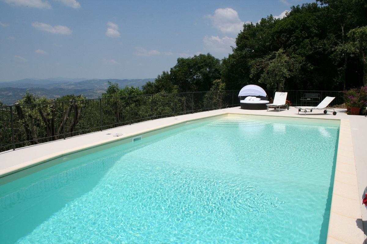 Resine strutturate resina protection ambito piscine for Piscine resine enterree