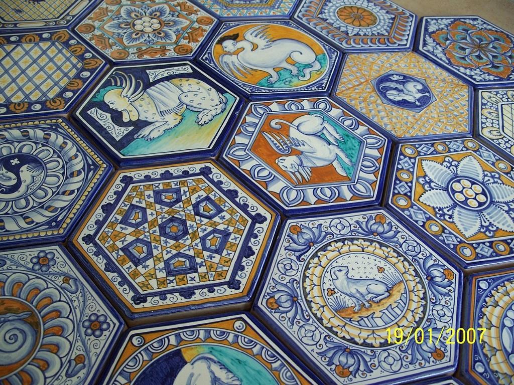 Pavimenti in maiolica - Piastrelle siciliane antiche ...