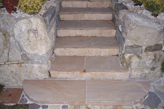 Pavimenti per esterni - Scale per esterni in pietra ...
