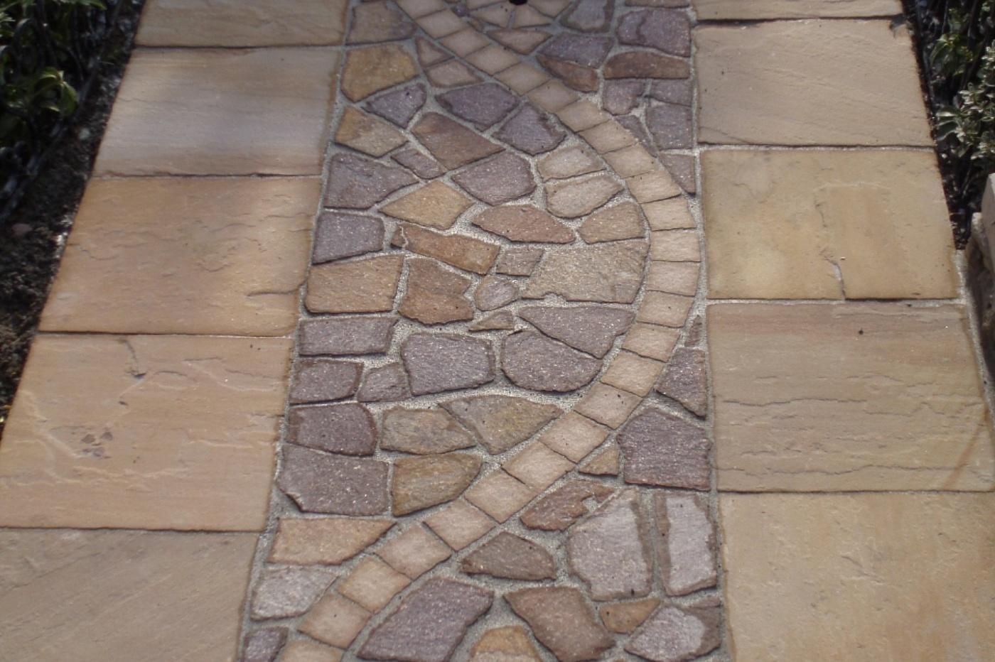 Picaprede di darkin maffi vialetto esterno - Piastrelle di pietra per esterni ...