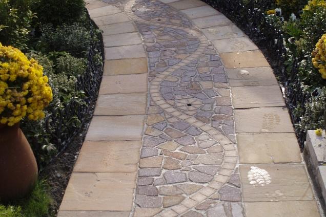Pavimenti per esterni pavimenti in pietra naturale in - Piastrelle bergamo ...