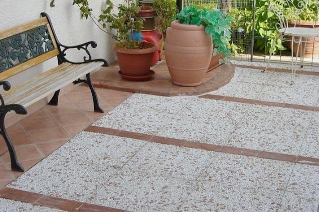 Pavimenti per esterni in sicilia - Mattonato per giardino ...