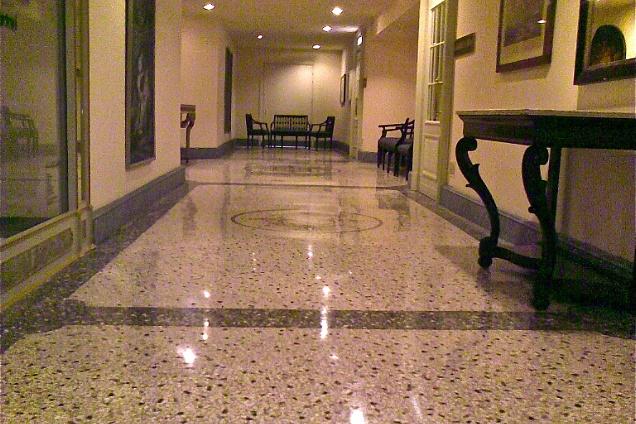 Posatori pavimenti - Piastrelle tipo veneziana ...