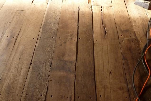 Posatori pavimenti pavimenti di recupero in emilia for Vecchie tavole legno