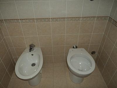 Dutca catalin posa in opera pavimenti e rivestimenti - Greca per bagno ...
