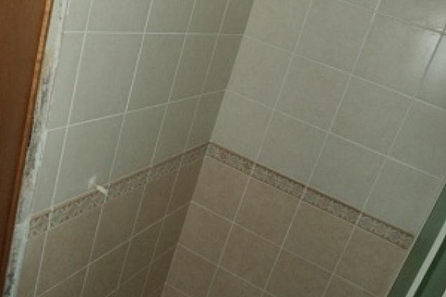 Posatori pavimenti pavimenti in ceramica for Piastrelle 25x25