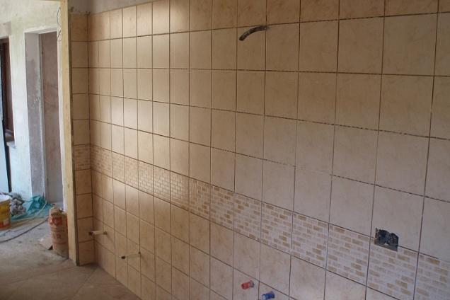 Posatori pavimenti in bergamo for Piastrelle 25x25