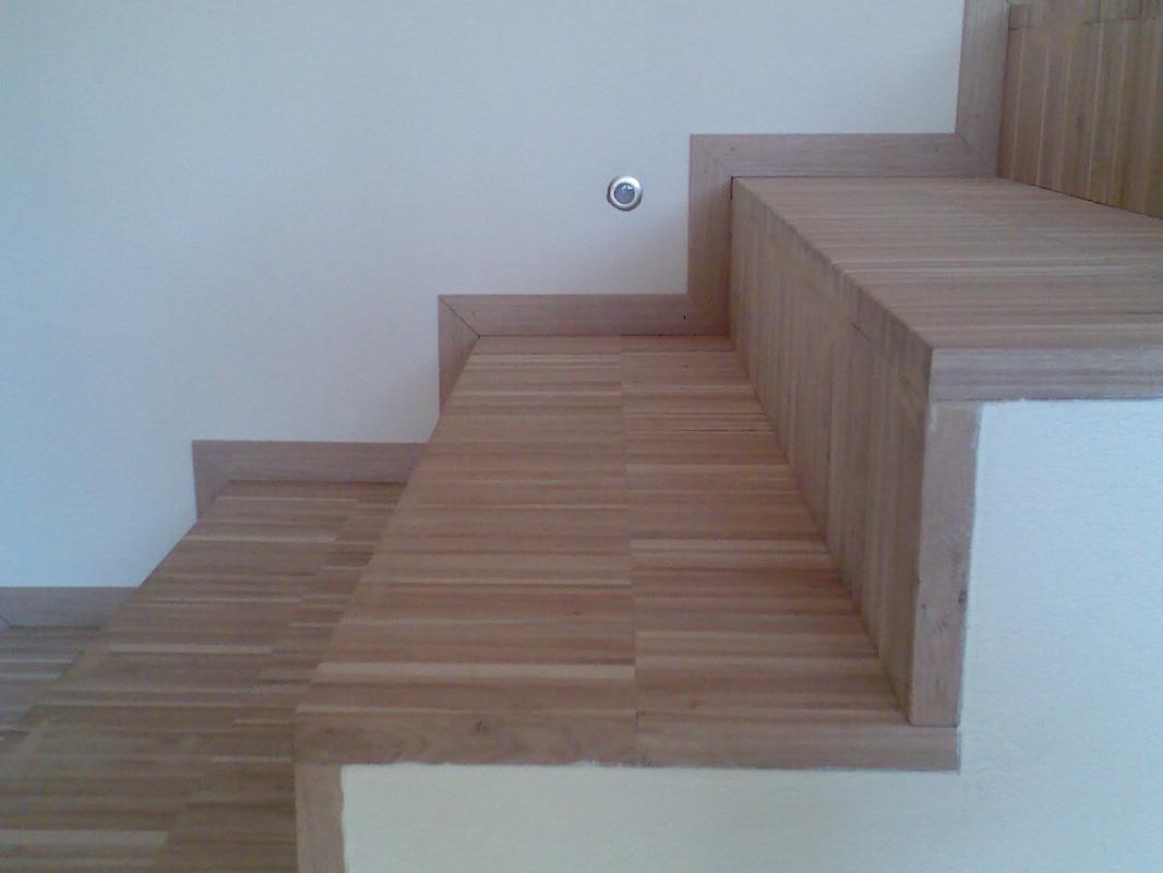 Mobili Lavelli: Rivestimento per scale in legno