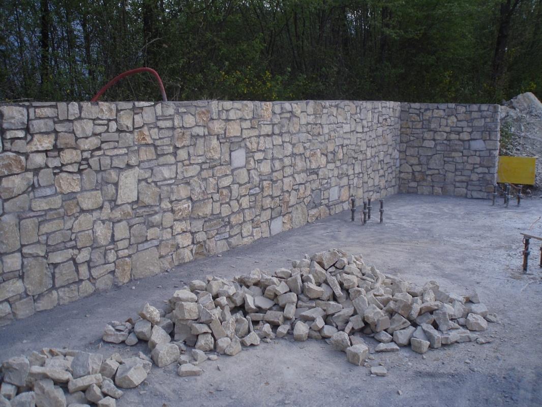 Picaprede di darkin maffi rivestimento muro in sassi - Rivestimento muro esterno ...