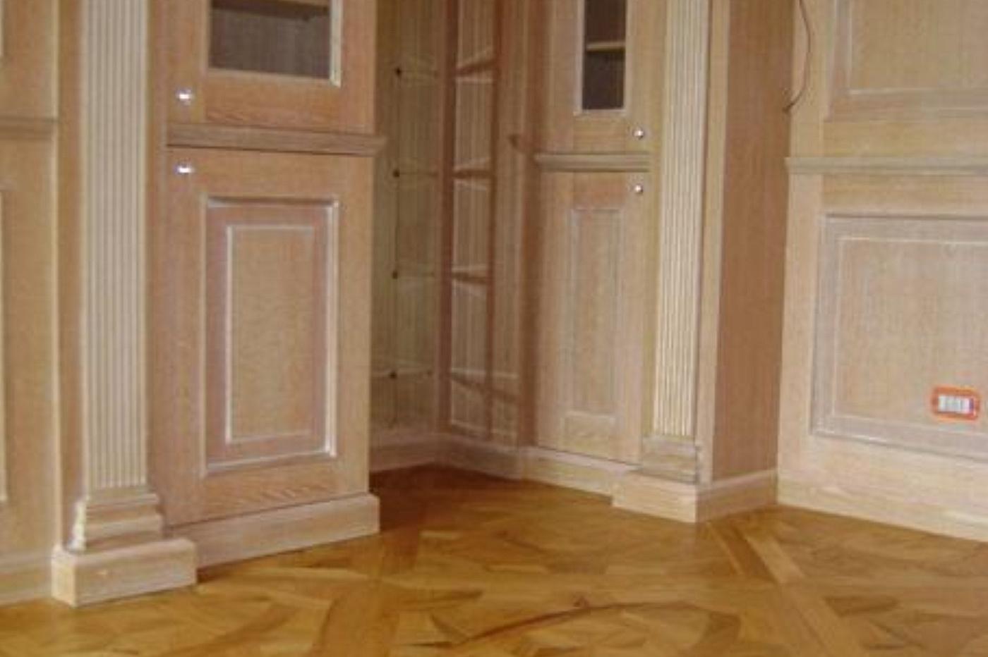 SOLS - Interni di Prestigio - Boiserie in legno con libreria ...