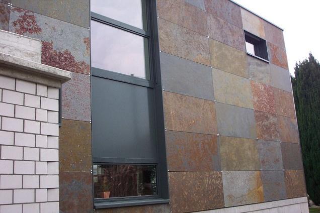 Camini Esterni In Pietra : Rivestimenti pietra naturale in massa e carrara